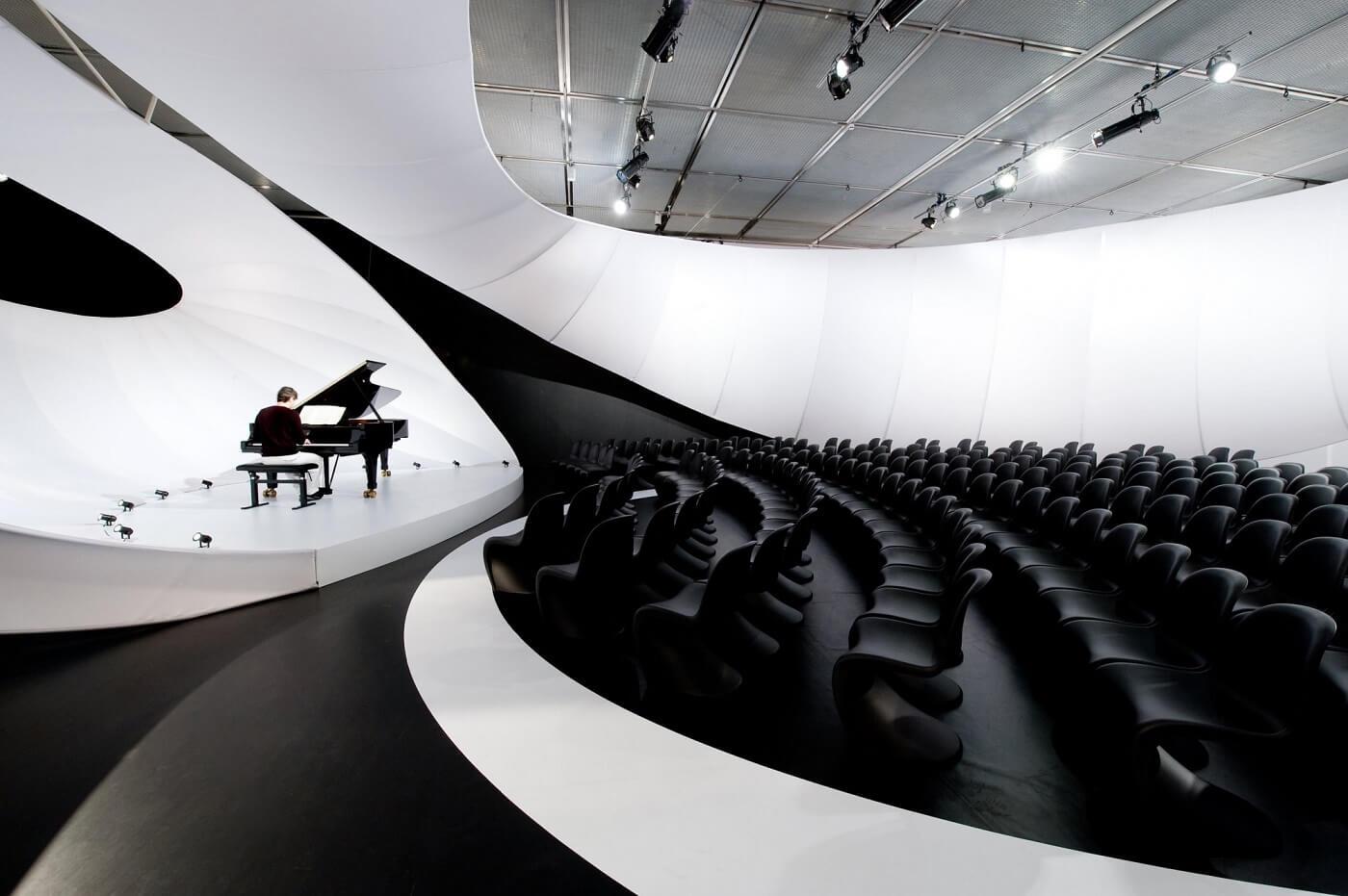JS Bach Music Hall - Zaha Hadid